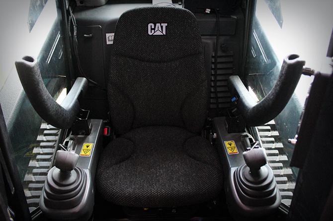 Interior - Operator compartment